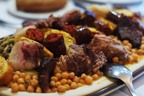 Qué ver y qué hacer en Liébana, come un buen cocido lebaniego