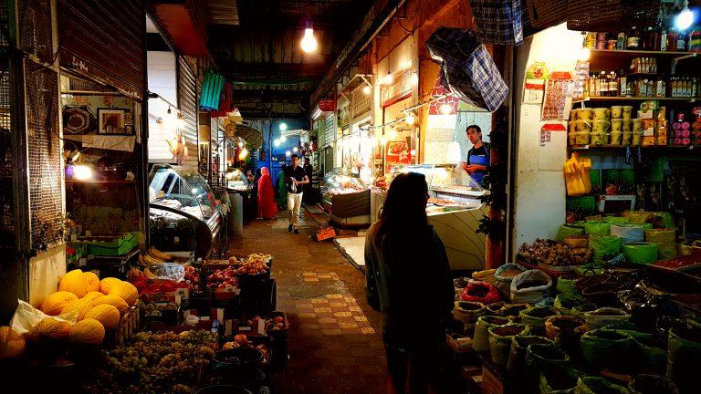 Descubre qué ver y hacer en Tánger en el mercado del Kasbah