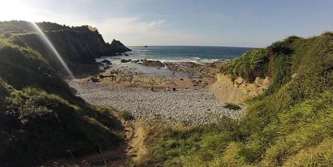 Playa Arcisero para ir con perros en Cantabria