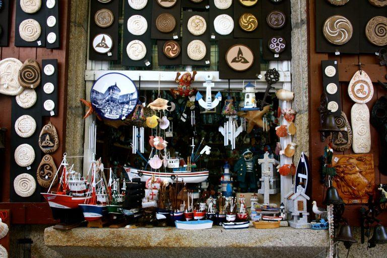Tienda de souvenirs que ver en Combarro, Galicia