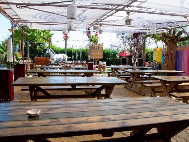 Restaurante donde comer con niños en el Mesón Dos Pozos y Jimena de Bezana en Cantabria