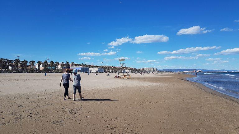 Playa de la Malvarrosa, qué ver y qué hacer en Valencia
