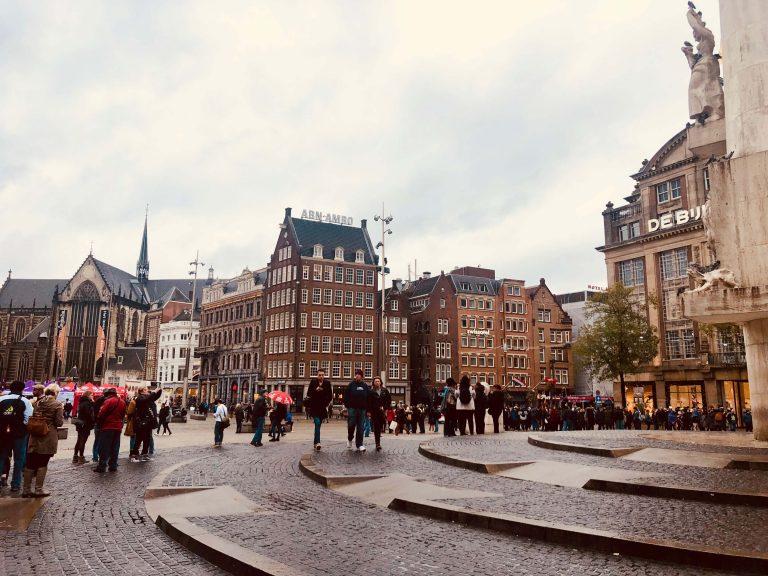 Qué ver y qué hacer en la Plaza Dan, Amsterdam