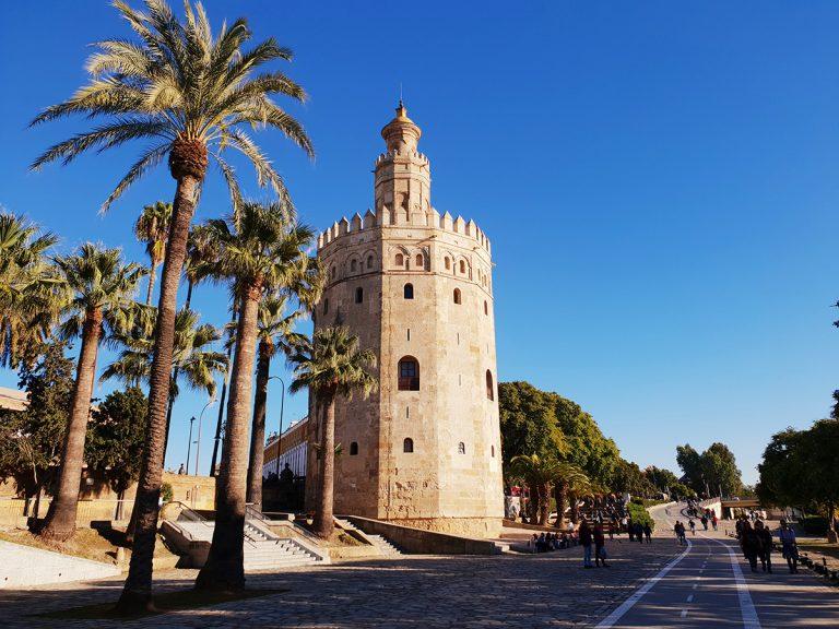 Torre del Oro, qué ver y qué hacer en Sevilla